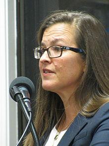 Annie Jacobsen Image