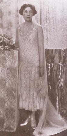 Barbara Cartland Image